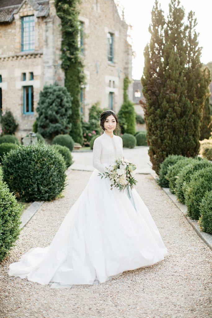 bride_portrait_wedding_in_france_florist_paris
