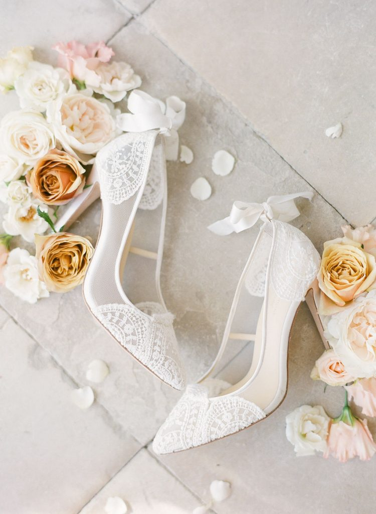 bella-belle-shoes-flatlay-photography-lily-paloma