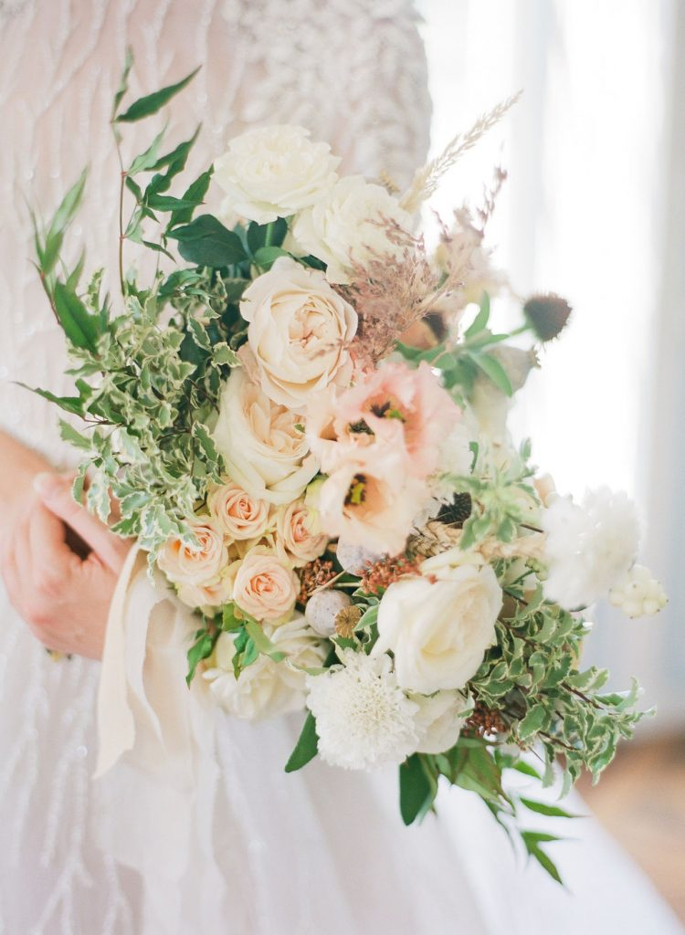 bridal-bouquet-natural-blush-lily-paloma