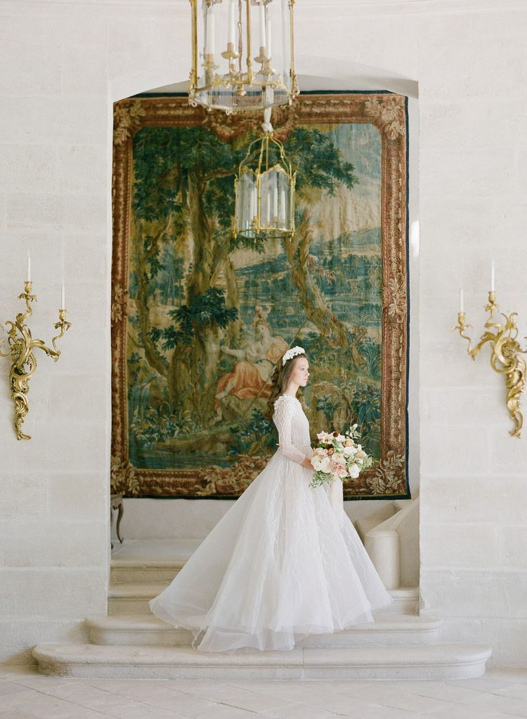 photography-of-a-bride-chateau-de-villette-lily-paloma