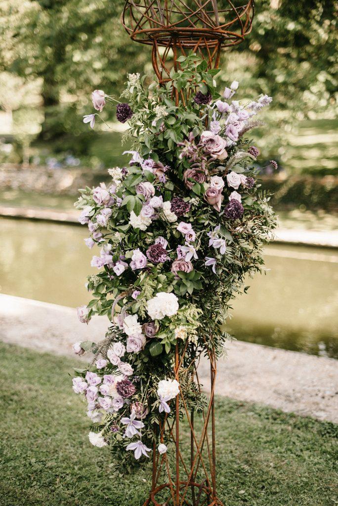 purple-wedding-arch-florist-france