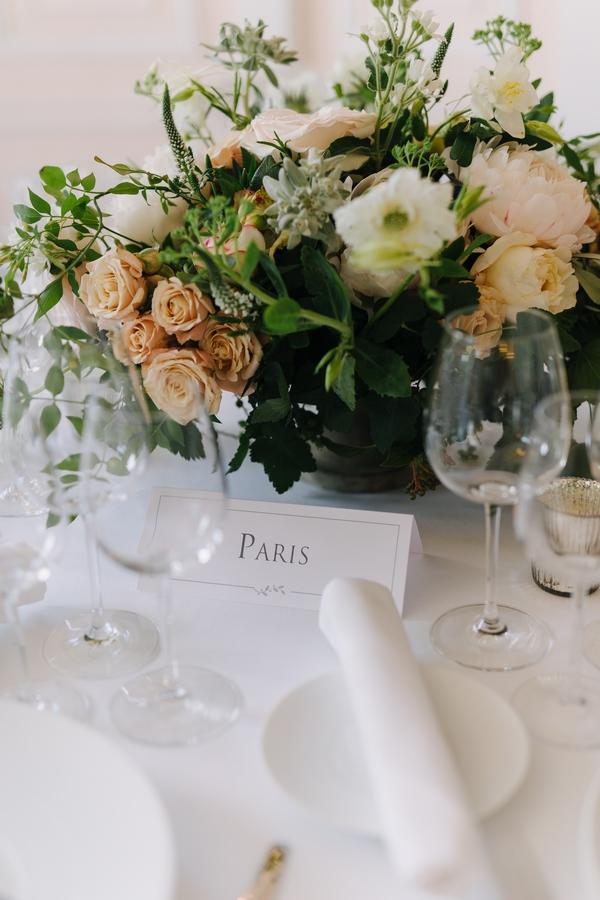 weddingpastel-centerpiece-french-florist-wedding-vendor-chateau-wedding