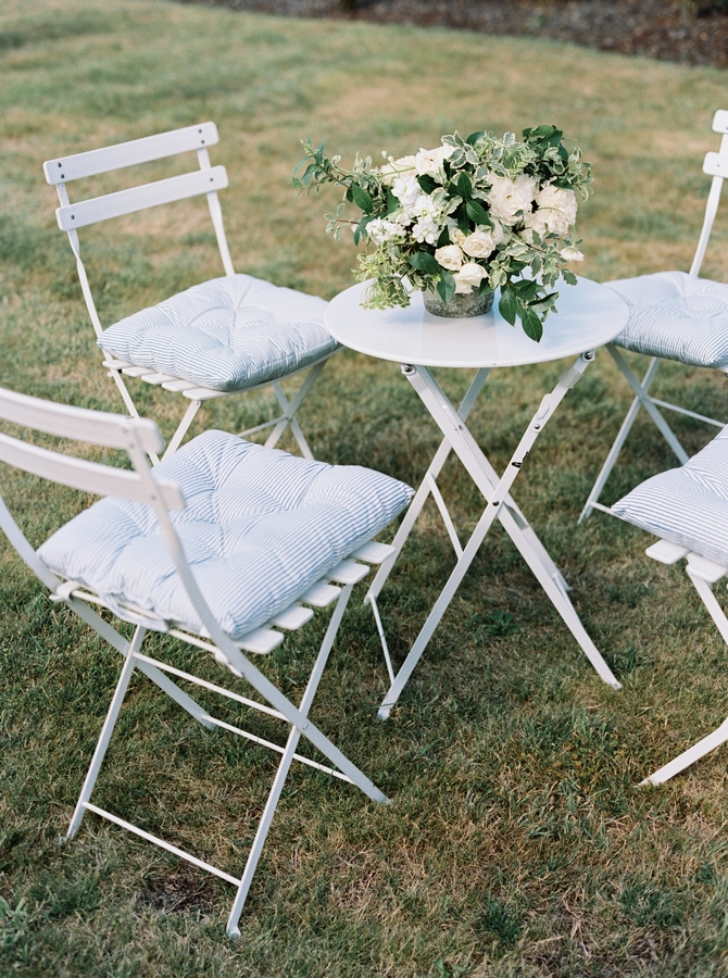 cocktail_garden_table_bouquet
