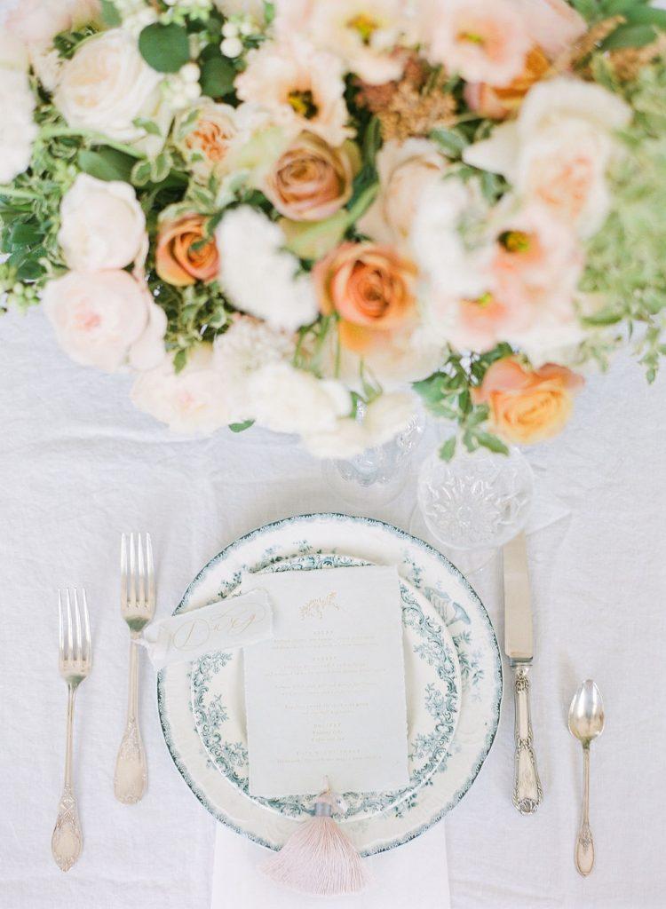 orange-white-green-natural-arrangement-centerpiece-wedding-lily-paloma