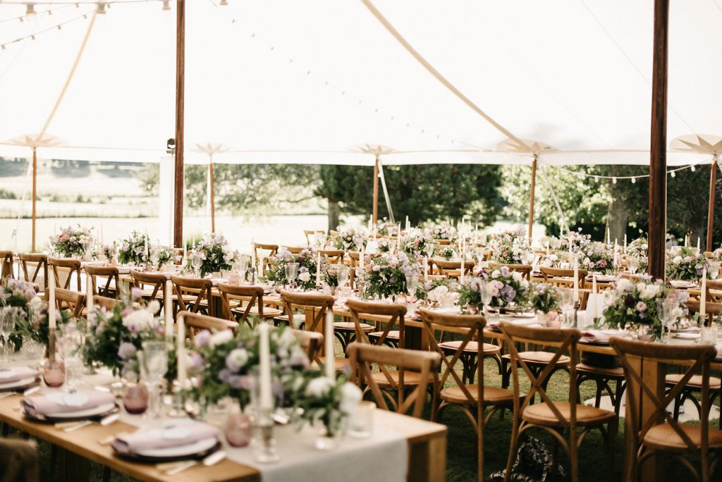 long-wood-rectangular-table-tent-be-lounge-wedding-in-france-lily-paloma